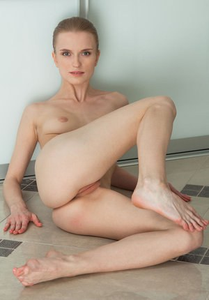 Naked Girls Toes