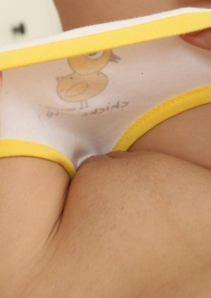 Naked Girls Camel Toe