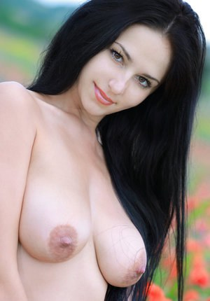 18 with big tits live on cam at myfaptime com 7