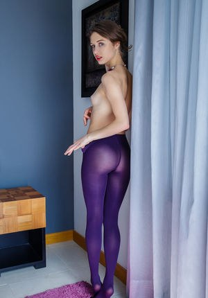 Naked Girls In Pantyhose