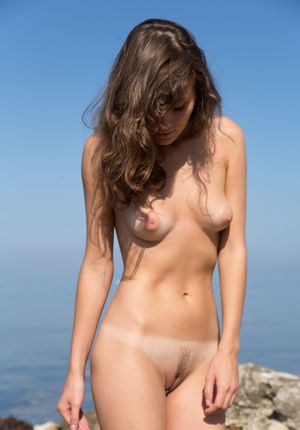 Naked Beach Girls