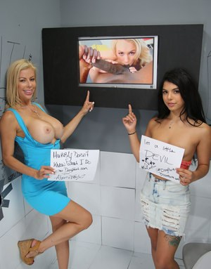 Naked Gloryhole Girls