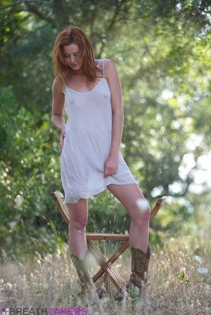Outdoor - Hot Naked Girls