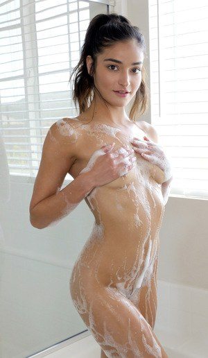 Naked Wet Girls